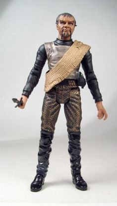 Amazon.com: Star Trek Original Series Action Figure Wave Three: Klingon Warrior Kor with Disruptor and Dagger: Toys & Games