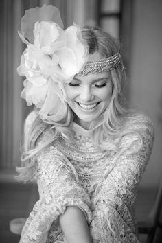 Vintige chices Stirnband mit Chiffon Blume und Perlen