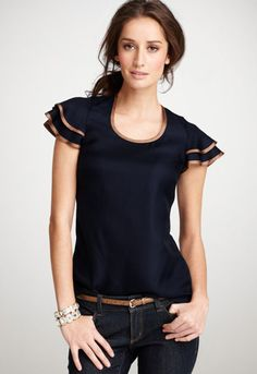 navy blue - love the matching belt and trim on the blouse Giacca Estiva f5e14bfb9d4