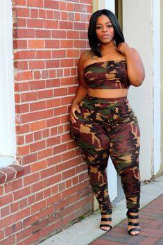 Image of Camo Halter Set Hips And Curves, Sexy Curves, Thick Girl Fashion, Full Figured Women, Voluptuous Women, Plus Size Jeans, Beautiful Black Women, Plus Size Outfits, Cute Outfits