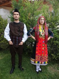 Greek traditional festive costumes from Thrace. Greek Costumes, Costumes For Women, Dance Costumes, Greek Traditional Dress, Traditional Outfits, Folk Clothing, Female Clothing, Folk Costume, Different Fabrics