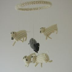 Counting Sheep Mobile.   this is crazy cute!!