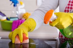 How To Charge For Professional House Cleaning Services House Cleaning Jobs, House Cleaning Company, Cleaning Crew, House Cleaning Checklist, Professional Cleaning Services, House Cleaning Services, Cleaning Products, Cleaning Tips, Cleaning Caddy