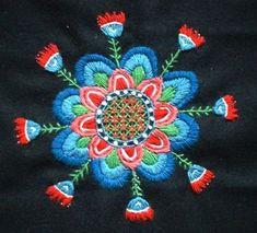 Skånskt yllebroderi - traditional Swedish folk lore embroideries in wool #folkembroidery