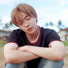 WINNER's Kim Jin Woo opens up about his childhood Winner Kpop, Winner Jinwoo, Mino Winner, Yg Entertainment, Song Minho, Kim Jin, Fandom, Winwin, Kpop Groups