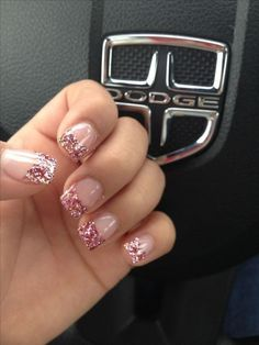 Nail art is a very popular trend these days and every woman you meet seems to have beautiful nails. It used to be that women would just go get a manicure or pedicure to get their nails trimmed and shaped with just a few coats of plain nail polish. Glitter Pedicure, Glitter Tip Nails, Pink Nails, Gel Nails, Gold Glitter, Gold Sparkle, Glitter French Nails, Toenails, Silver Tip Nails