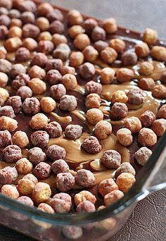 Brownies topped with peanut butter and crunchy Reese's Puffs® cereal and drizzled with more chocolate for an over the top dessert. Cereal Recipes, Brownie Recipes, Baking Recipes, Dessert Recipes, Peanut Butter Cereal Recipe, Peanut Butter Recipes, Easy Homemade Recipes, Sweet Recipes, Reese's Puffs