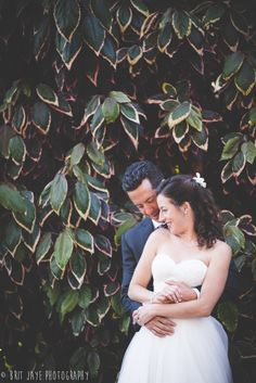 Romantic Garden Wedding Balboa Park, Bridal portrait San Diego, CA - for more ideas and wedding photography inspiration, check out my blog! www.britjaye.com
