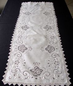 Italian white linen runner having lace insertions, beautiful embroidery and a lace edging