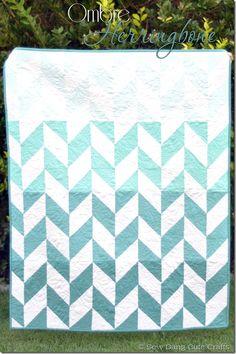 Stunning ombre Herringbone Quilt using @Riley Blake fabric! #quilt #fabric