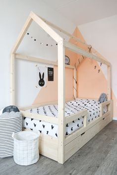 Little dreamers Bedhuisje Finn 200 Baby Bedroom, Home Bedroom, Girls Bedroom, Kids Room Design, Interior Design Living Room, Ideas Hogar, Childrens Beds, House Beds, Little Girl Rooms