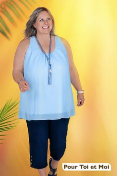 Faire son shopping est devenu le rêve. Tunique et pantacourts adaptés à la morphologie. #couleurs #légèreté #mode #tendance Tunic Tops, Shopping, Women, Fashion, Open Shoulder Top, Plus Sized Clothing, Tunic, Man Women, Trending Fashion