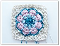 Ravelry: African Flower Square pattern by Barbara Langer free pattern