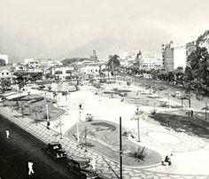 Praça Seans Peña, na Tijuca - Década de 40   Foto do Acervo da Revista Veja.