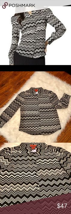 MISSONI for Target black/white chevron button up Excellent preowned condition black/white MISSONI for Target button up. Semi sheet material, no flaws.  All reasonable offers welcome.  #n6543v.4675 Missoni for Target Tops Button Down Shirts