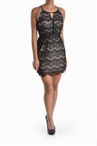 Little black lace dress #nu_shuz