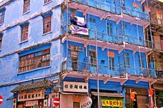 Planning a trip to Hong Kong? Here are the top 20 things to do and see in the city.