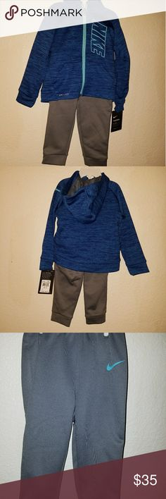 Nike thermal 2 piece set Nike thermal dri-fit 2 piece set color light photo and blue Heather jacket has a zip open with two front pockets and a good. 24 months nike Matching Sets