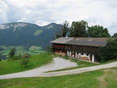 Das Wohnhaus   Der Bergdoktor – Offizieller Fanclub zur beliebten ZDF-Reihe Wilder Kaiser, Montana, Nature, People, Travel, Movie, Chalets, Mountains, Farmhouse