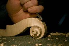 Cuándo comprar un violín de luthier: Claves y consejos http://blgs.co/MdaOyz