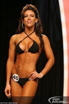 Amanda Latona - love this competition suit!