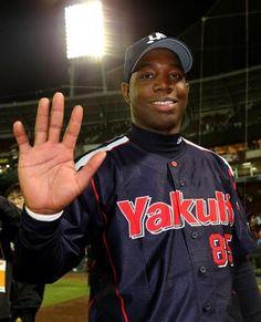 (セ・リーグ、広島2-4ヤクルト=延長十一回、1回戦、ヤクルト1勝、27日、マツダ)ヤクルト・ミレッジ外野手(29)が同点で迎えた延長十一回に勝ち越しとなる2点三塁打を放ちチームを勝利に導いた。