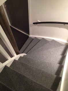 Tile Floor, Blogg, Construction, Flooring, Rugs, Home Decor, Mosaic, Building, Farmhouse Rugs