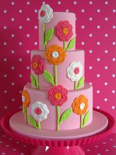 Cake Wrecks - Home - Sunday Sweets Gets Crafty: crocheted flowers! Gorgeous Cakes, Pretty Cakes, Amazing Cakes, Button Cake, Cake Wrecks, Fondant Cakes, Cupcake Cakes, Just Cakes, Occasion Cakes