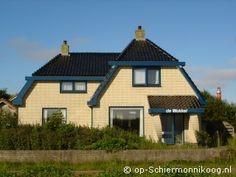 Vakantiehuis de Wokkel ligt in de duinen aan de Badweg op Schiermonnikoog  www.deWokkel.op-Schiermonnikoog.nl