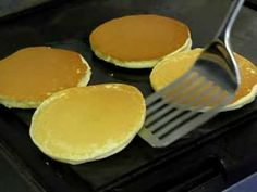 HOW TO MAKE THE BEST PANCAKES IN THE WORLD - YouTube