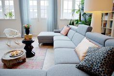 Montèl hoekbank Urban | inspiratie | home | interior | interieur | styling | grijs | grey | livingroom | bright livingroom | scandinavian interior