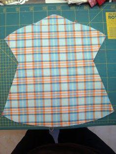 He realizado esta bolsa guarda pinzas de un kit de Fet a Má que trajo Susana,aunque la hemos realizado para guardar las pinzas podemos...