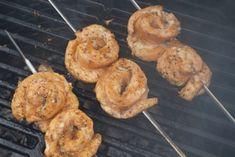 Poppamiehen Mexcian Rub maustaa herkulliset lohivartaat! Kokeile myös lohitacoon! #poppamies #savustus #grillaus #maustaminen #ruoka #ruuanlaitto #mauste #mexmex Tex Mex, Bagel, Shrimp, Bread, Mango, Food, Manga, Brot, Essen