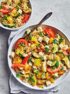 This quinoa, tofu, and grilled vegetable recipe is an easy vegan dinner idea the whole family can get behind! Vegan Quinoa Recipes, Tofu Recipes, Vegetable Recipes, Healthy Recipes, Tofu Chili, Easy Vegan Dinner, Grilled Vegetables, Vegan Dinners, Vegetarian Recipes