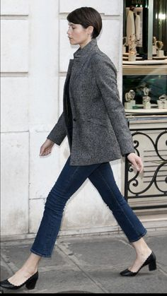 Gemma Arterton, Looks Style, My Style, Fall Outfits, Casual Outfits, Paris Chic, French Chic, French Style, Look Chic