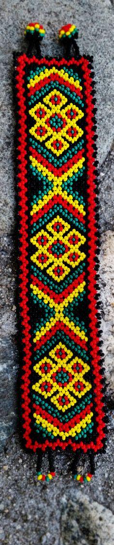 Pulsera Huichol por Niktee en Etsy