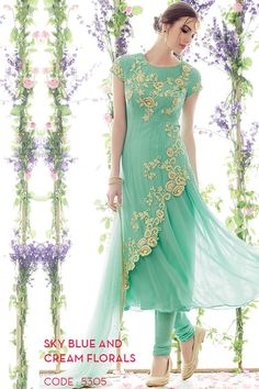 Latest Pakistani Indian Party Wear Salwar Kameez Collection including Anarkali, straight cut suits, kalidar suits, churidars etc! Pakistani Dresses, Indian Sarees, Indian Dresses, Indian Anarkali, Ethnic Outfits, Indian Outfits, Ethnic Clothes, Moda Indiana, Latest Salwar Suits