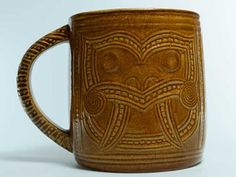 CROWN LYNN  MADE IN NEW ZEALAND    WHARETANA WARE    NUMBER .1029.  Sold for $716.00 March 2016