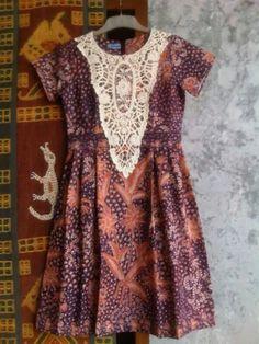 Hgj Batik Kebaya, Batik Dress, Dress Anak, Batik Fashion, Hijab Dress, African Prints, Traditional Outfits, Ikat, Style Me