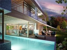 Luxury Waterfront Homes & Real Estate -
