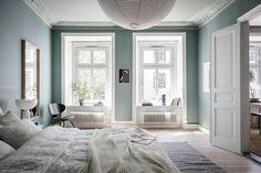 AlvhemKastellgatan 6B - Linnéstaden - Alvhem Apartment Bedroom Decor, Room Decor Bedroom, Blue Bedroom, Bedroom Signs, Bedroom Rustic, Bed Room, Bedroom Ideas, Green Wall Color, Wall Colors