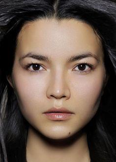 Kazakh, Asie Centrale Les origines de la beauté
