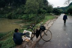 ouilavie: Bruno Barbey. China. Guangxi province.... | can i pet ur dog