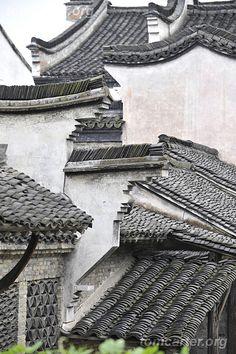 Wuzhen Rooftops | Zhejiang, China by Tom Carter CHINA on Flickr.