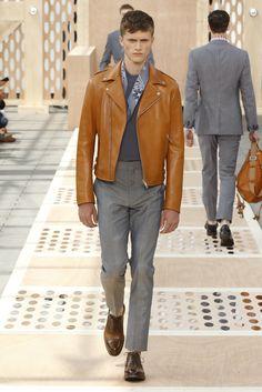 Look 02 from the Louis Vuitton Men's Spring/Summer 2014 Fashion Show. ©Louis Vuitton / Ludwig Bonnet