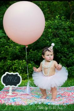 Quality SEWN classic TUTU (no knots to come untied or twist around the elastic)   The TUTU (Shown in light pink in the main listing photo)  These tutus