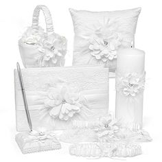 Layers of Lace Bridal Accessory Collection Matching Set http://bustlingbride.carlsoncraft.com/Wedding/Shop-All-Wedding/ZB-ZBK24430-Layers-of-Lace-Collection-Set.pro