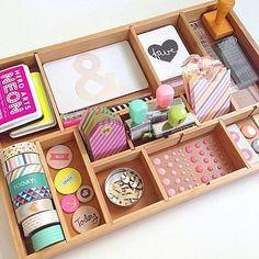 Inspiração para as amantes de scrapbooking e planners #planner #scrapbook #organizacao #acraft #papelaria #craft #washitape #planner #repost