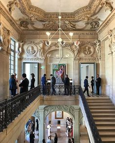 Gaia @Repossi's beautiful jewelry presentation in Paris had a beautiful backdrop: the Musée Picasso. Regram @hanyayanagihara.