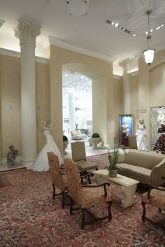 Kleinfeld's in NY City. Another view of the lobby. Kleinfeld does not take walk-ins.
